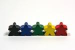 Figurer fra 'Carcassonne' i det klassiske Eurogame-format i træ og grundfarver