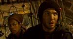 Selena (Naomie Harris) og Jim (Cilliam Murphy) lige efter den hektiske ankomst til Frank og Hannahs lejlighed.