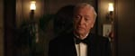 Klippesolide Michael Caine som Bruce Waynes trofaste butler Alfred