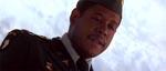 Den meget nervøst anlagte militærlæge, Major Collins (Forest Whitaker)