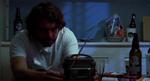 En mand og hans radio.