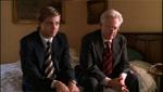 Dahmer (Jeremy Renner) sammen med faderen Lionel (Bruce Davidson).