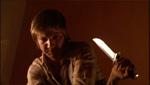 Dahmer bliver stoppet af kniven.
