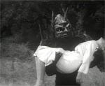 Monstret hører til den klassiske 'It wants our women!'-type