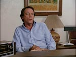 Familiens far, Mike Barry (Richard Crenna).