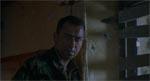 Den barske men sympatiske sergent Wells (Sean Pertwee)