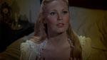 Den smukke Maria blotter sit bryst for Dracula