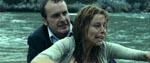 Simón forsvinder, og Laura begynder at se syner, eller gør hun?