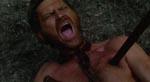 Donald McKenzie (Donald O'Brien) rammes hårdt.