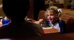 En ung Drew Barrymore i rollen som lillesøster Gertie