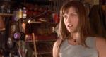 Ali Larter som Alex' klassekammerat Clear.