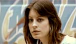 Emilios søster Ally (Sophie Holland)