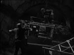 The Wolf Man møder Frankensteins monster i åben kamp.