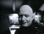 Den onde Dr. Nadir (Lou Cutell)