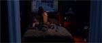 Men ovenpå går Gibb og hendes kæreste til den i sengen