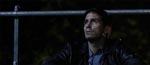 John (Jim Caviezel) ved filmens start - udbrændt og forladt af kæresten.