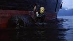 Jason kravler ombord på det gode skib Lazarus.