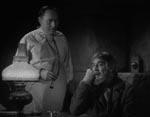Den skurkagtige Dr. Bohmer (Lionel Atwill) og Ygor.