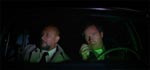 Dr. Sam Loomis (Donald Pleasence) og sherif Leigh Brackett (Charles Cyphers).