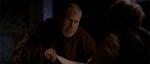 Father Duffy (Ron Perlman) hører Arthur Blakes historie