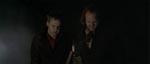 De to ligrøvere er mystificerede over deres første møde med en vampyr