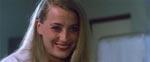 Filmens smækre kvindelige hovedrolle med et italiensk lummersmil