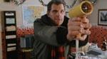 Sam (Christopher Allport) bevæbnet med det farligste våben - for en snemand altså