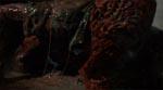 Det er åbenbart ikke sundt at have været vært for Jasons sjæl! En af filmens mest splattede effekter (det er en underkæbe, der ligger på gulvet).
