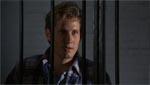 Tommy (Thom Mathews) ser også ud til at kunne lide Megan.