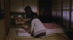 Første gang vi ser Kayako (Takako Fuji) er det som en røgagtig skikkelse.
