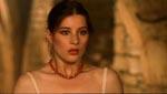 Den trofaste, men absolut ikke uskyldige Hélène (Marina Pierro).