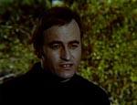 Waldemar Daninsky (Paul Naschy) tilbyder Elvira og Genevieve at spise middag og overnatte hos ham.