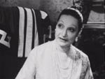 Den gamle Consuelo (Sarah Ferrati)