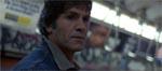 Den skumle person, der stirrer på Fay - kan denne mand (Howard Ross) være vores morder?