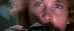 Tisa Farrow (Mias søster) spiller journalisten Jane Foster, som soldaterne har på slæb