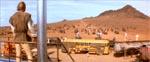 Raffinaderiet omringes af banden