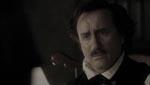 Jeffrey Combs som forfatteren Edgar Allan Poe