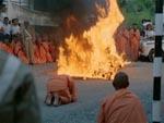 Rekonstruktion af den buddhistiske munk, der brændte sig selv i Vietnam