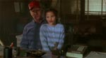 Far og datter leder efter Caleb.