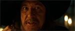 En særdeles veloplagt Geoffrey Rush som den skurkagtige kaptajn Barbossa.