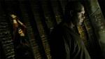 Jacob Goodnight (Kane) kigger på de unge fange