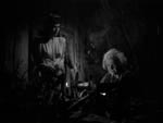 Katherine Caldwell hos en spåkone (Louise Allbritton)
