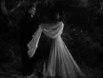 Vampyr og jomfru i kærlig forening.