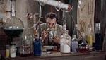 Frankenstein arbejder i laboratoriet