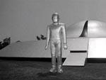 Robotten Gort kommer Klaatu til undsætning
