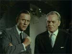 Dr. Tirpitz (Basil Henson) og General Lubeck (Karel Stepanek).
