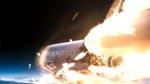Rumfærgen, der styrter ned ved filmens begyndelse, og fører noget grusomt med sig