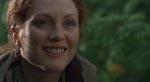 Julianne Moore som Sarah Harding