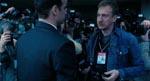 David Thewlis har overtaget David Warners rolle som pressefotografen Jenings, der lugter ugler i mosen