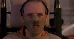 Lecter iført den nu ikoniske ansigtsmaske.